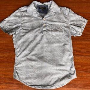 Banana Republic sz S 100% cotton half button shirt